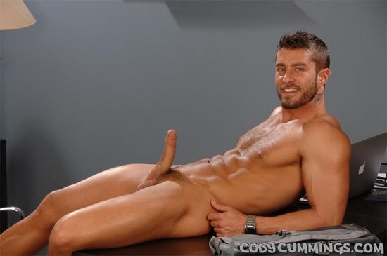 Sexy naked amateur gilf